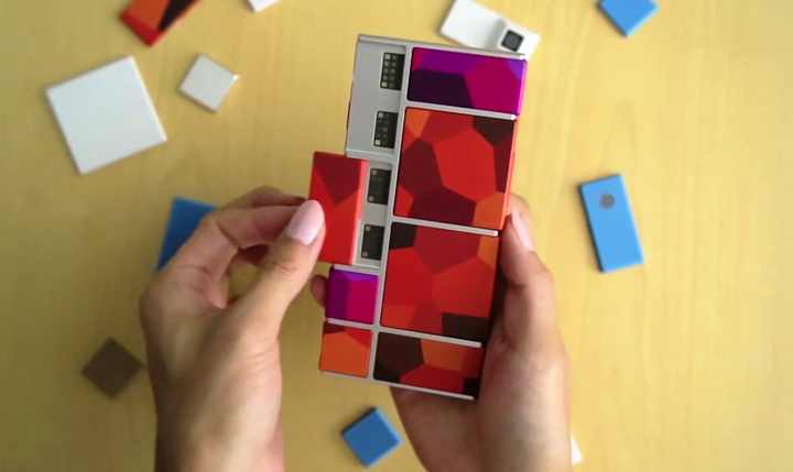 Project Ara Phone with some removed modules